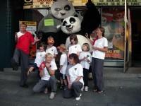 Die Zusammenarbeit der EWTO mit der Filmverleihfirma UNIVERSAL Deutschland machte es möglich: Kids-WingTsun Kinder trafen KungFu Panda in Rendsburg.
